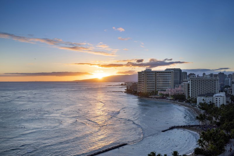 Waikiki Beach Marriott Resort  - Kealohilani Tower Ocean Front Guest Room - Sunset View <br/>Image from Leonardo