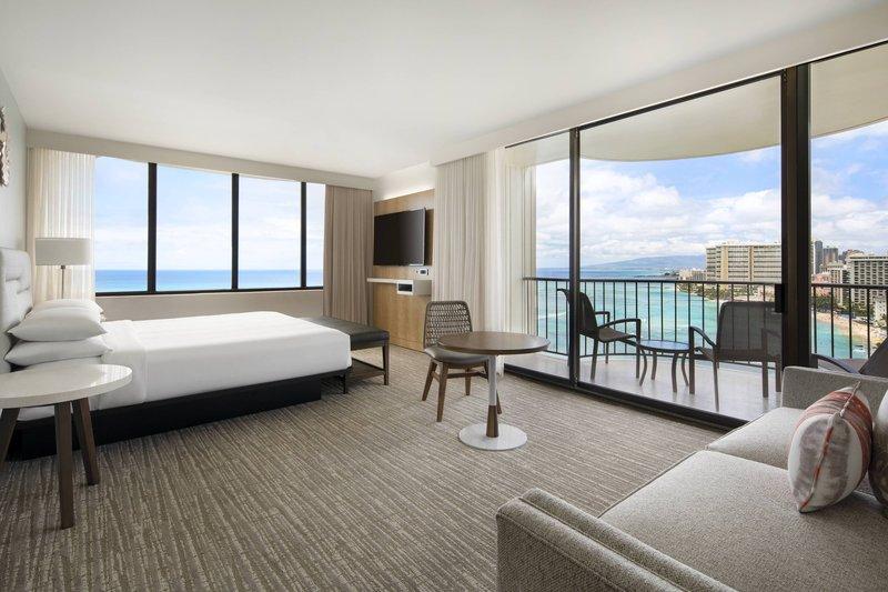 Waikiki Beach Marriott Resort  - Kealohilani Tower King Ocean Front Junior Suite <br/>Image from Leonardo
