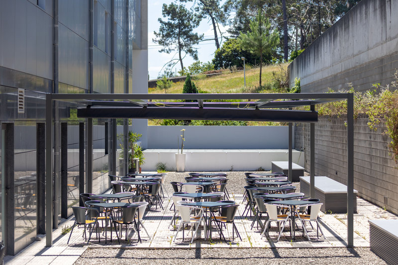Holiday Inn Express Porto - Exponor-Guest Patio<br/>Image from Leonardo