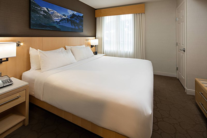Delta Whistler Village Suites-Guest Room<br/>Image from Leonardo