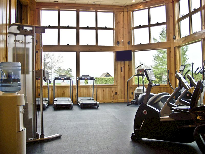 Crowne Plaza Lake Placid-Keep up with your daily routine in our fitness center<br/>Image from Leonardo