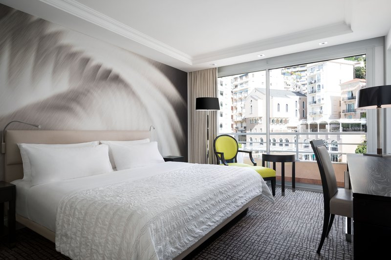Le Meridien Beach Plaza-King Classic City View Guest Room<br/>Image from Leonardo