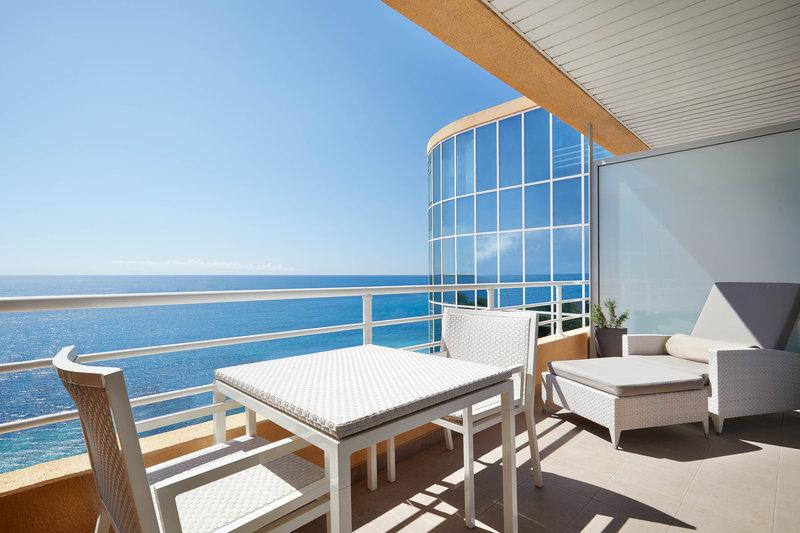Le Meridien Beach Plaza-Junior Suite Balcony<br/>Image from Leonardo