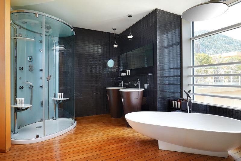 Le Meridien Beach Plaza-Presidential Suite Bathroom<br/>Image from Leonardo