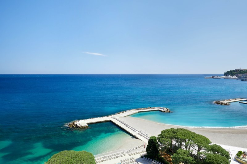 Le Meridien Beach Plaza-Guest Room - Sea View<br/>Image from Leonardo