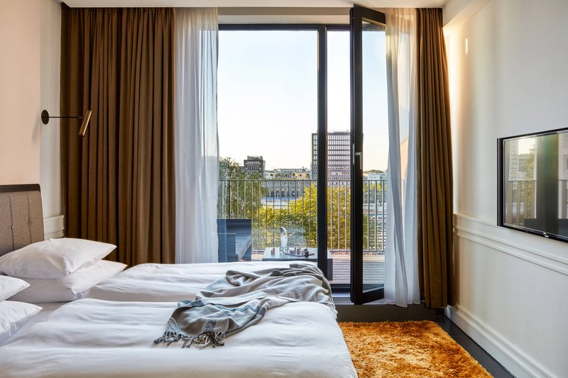 Autograph Collection Roomers Munich-Superior Guest Room - Balcony<br/>Image from Leonardo