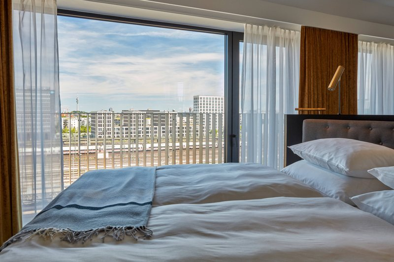 Autograph Collection Roomers Munich-Penthouse Suite - King Bedroom View<br/>Image from Leonardo