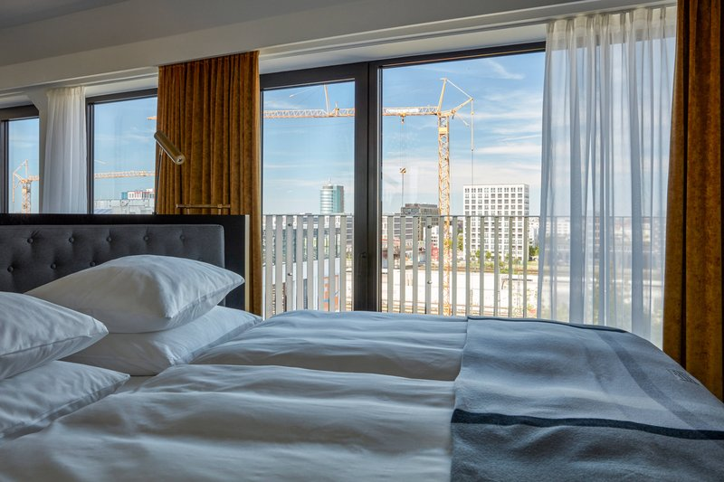 Autograph Collection Roomers Munich-Roomers Suite - King Bedroom View<br/>Image from Leonardo