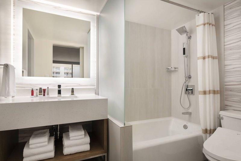 Waikiki Beach Marriott Resort  - Double/Double Guest Room - Bathroom <br/>Image from Leonardo
