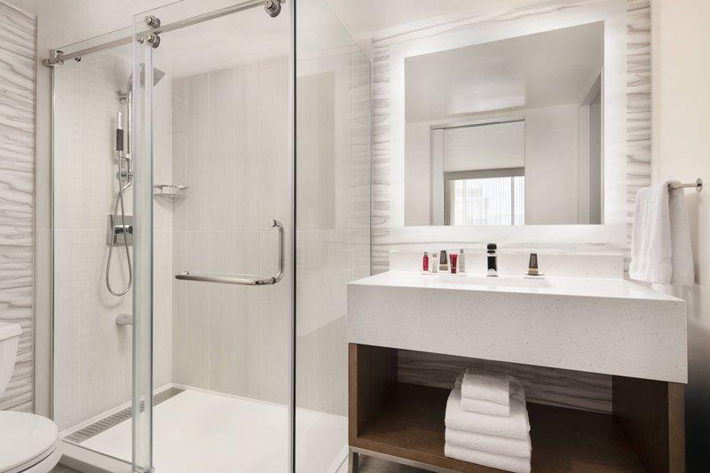 Waikiki Beach Marriott Resort  - King Guest Room - Bathroom <br/>Image from Leonardo