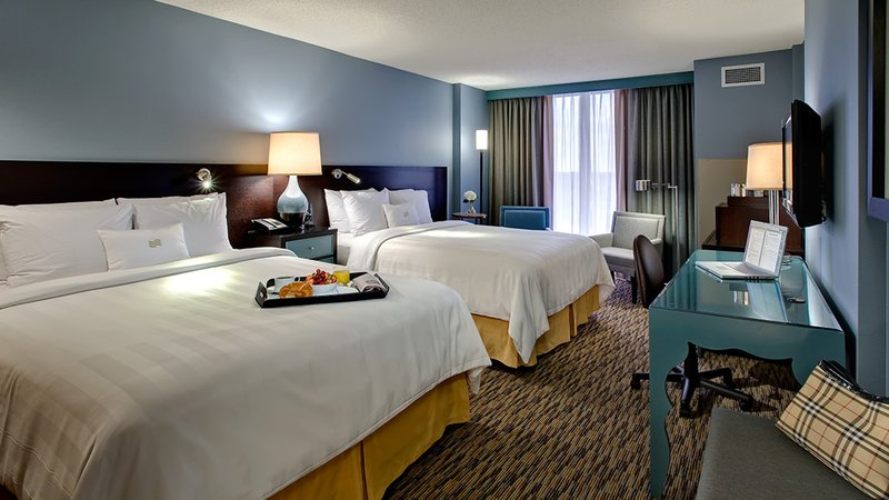 Crowne Plaza Lombard Downers Grove-Superior Two Queen Beds<br/>Image from Leonardo