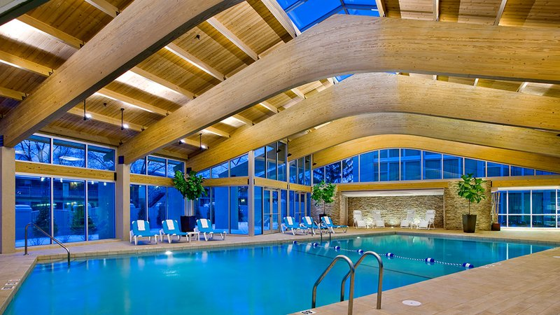 Crowne Plaza Lombard Downers Grove-Indoor Heated Swimming Pool<br/>Image from Leonardo