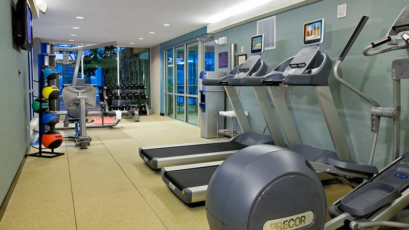 Crowne Plaza Lombard Downers Grove-Fitness Center<br/>Image from Leonardo