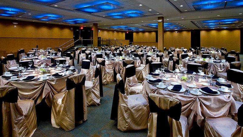 Crowne Plaza Lombard Downers Grove-Grand Fields Ballroom<br/>Image from Leonardo