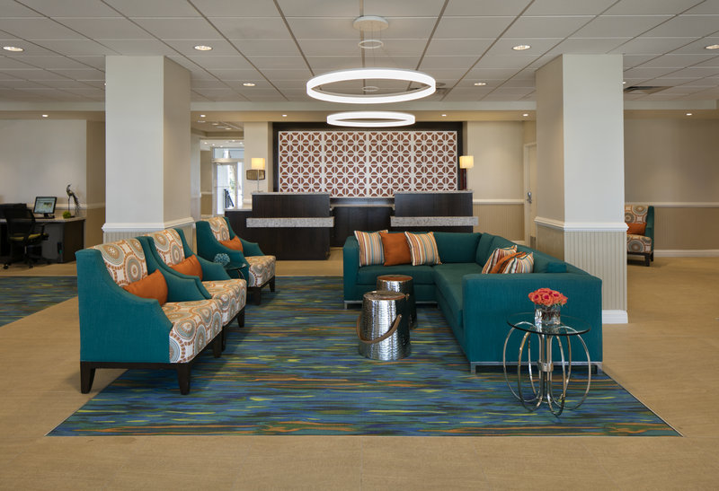 Lido Beach Holiday Inn-Lobby<br/>Image from Leonardo