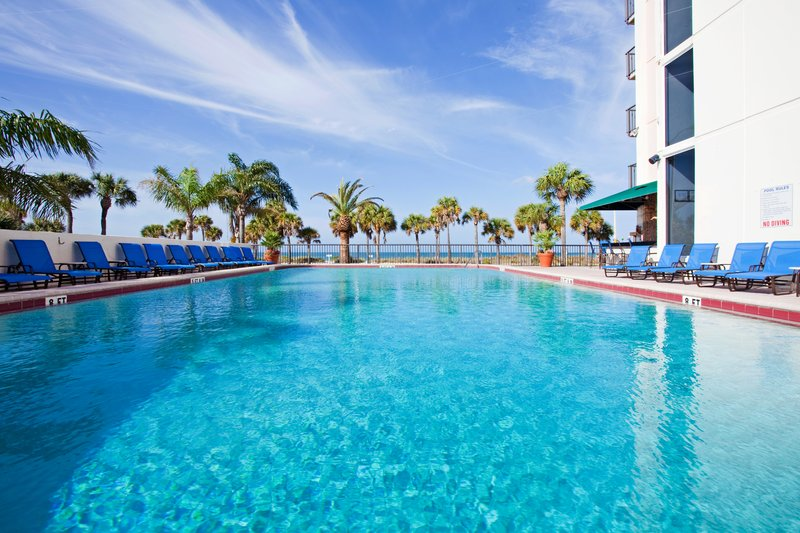 Lido Beach Holiday Inn-Swimming Pool<br/>Image from Leonardo