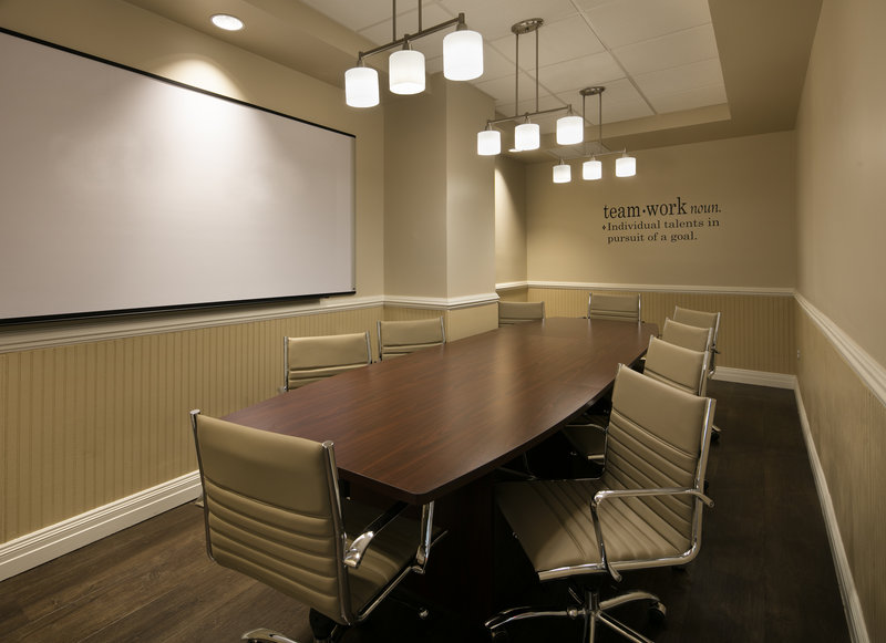 Lido Beach Holiday Inn-Board Room<br/>Image from Leonardo