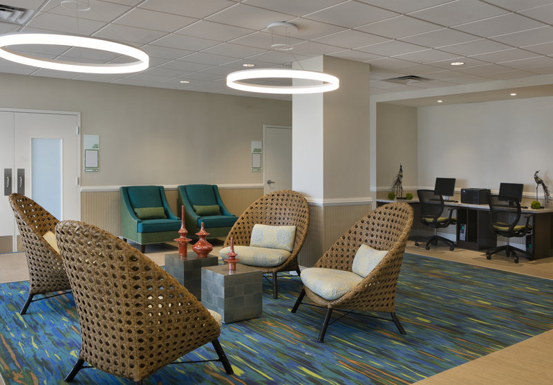 Lido Beach Holiday Inn-Guest Lounge/Business Center<br/>Image from Leonardo
