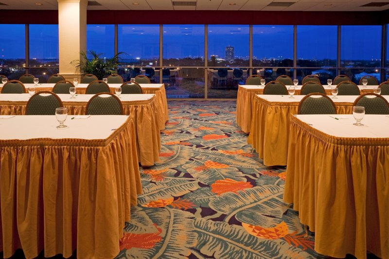 Lido Beach Holiday Inn-Meeting Room<br/>Image from Leonardo