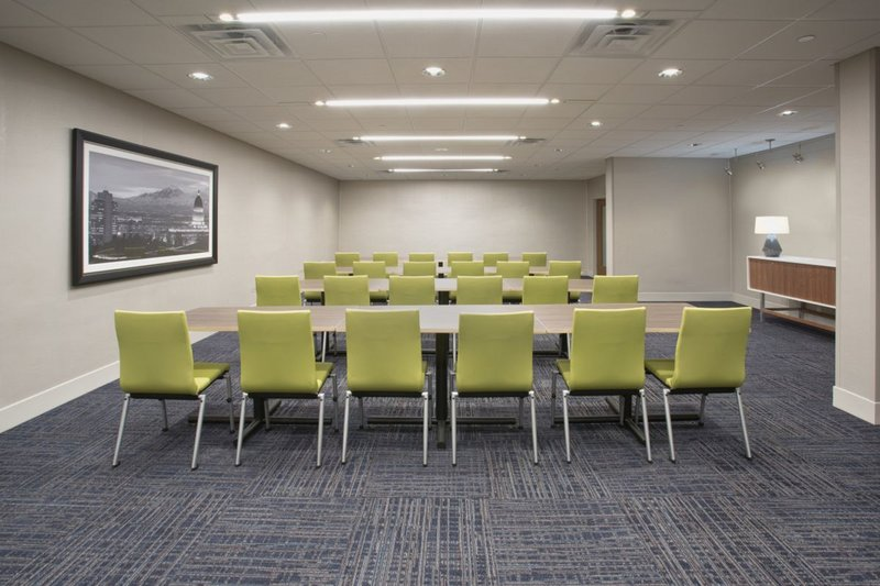 Holiday Inn Express and Suites Galveston Beach-Meeting Space<br/>Image from Leonardo
