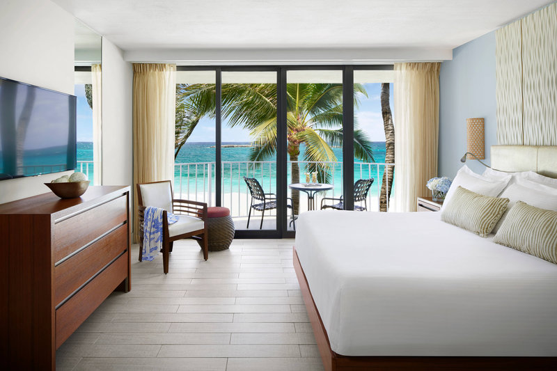 The Coral At Atlantis - Standard Regal Suite - Bedroom <br/>Image from Leonardo