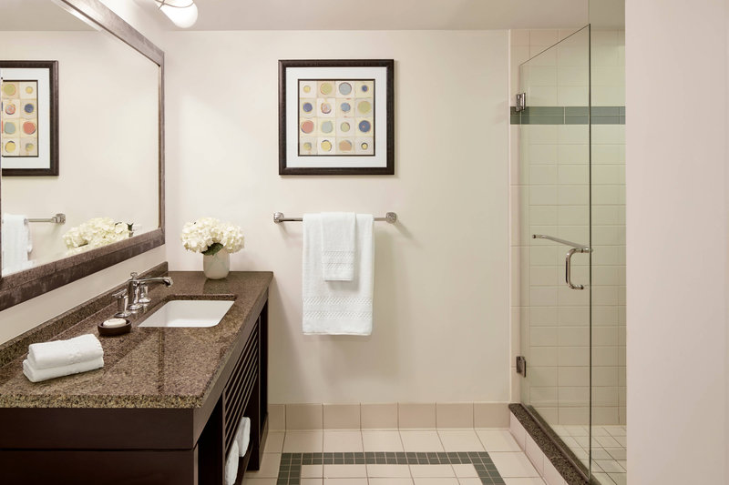 The Coral At Atlantis - Standard Regal Suite - Bathroom <br/>Image from Leonardo