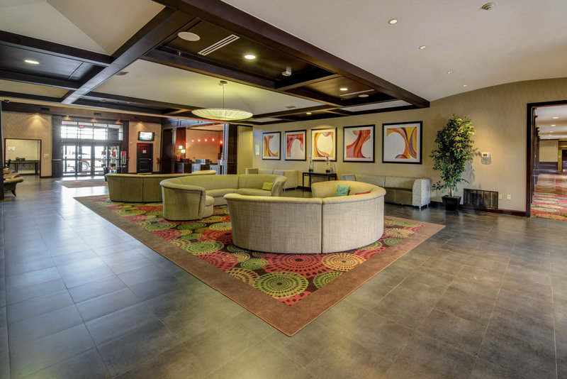 Holiday Inn Arlington NE-Rangers Ballpark-Lobby Lounge Seating Area<br/>Image from Leonardo