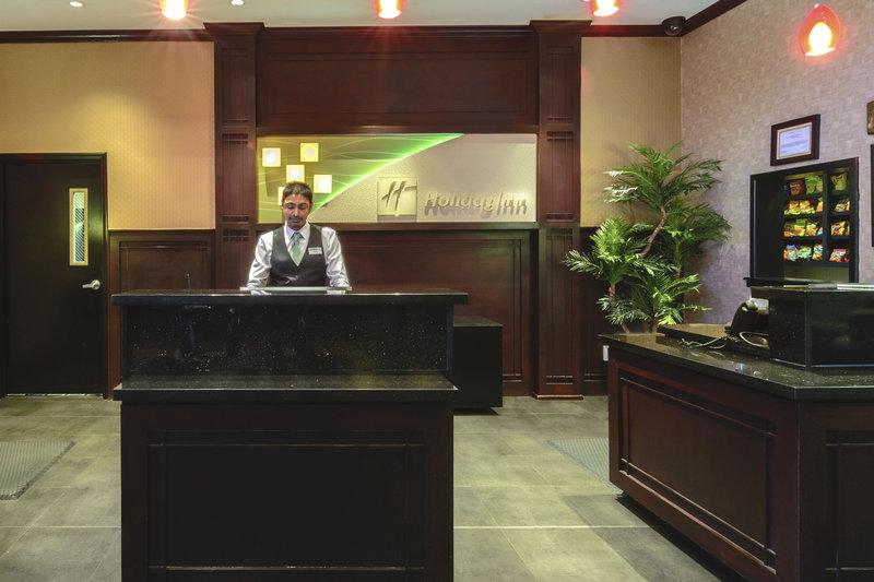 Holiday Inn Arlington NE-Rangers Ballpark-Front Desk<br/>Image from Leonardo