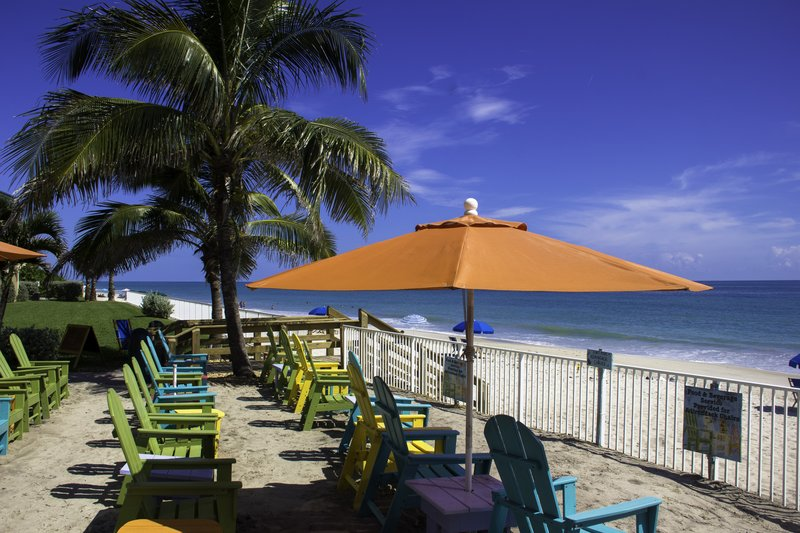 Holiday Inn Hotel & Suites Vero Beach-Oceanside-Relax by the beach<br/>Image from Leonardo