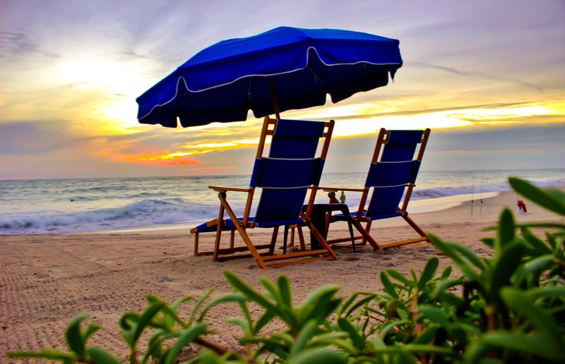 Holiday Inn Hotel & Suites Vero Beach-Oceanside-Sharkbait Rentals has a chair with your name on it<br/>Image from Leonardo