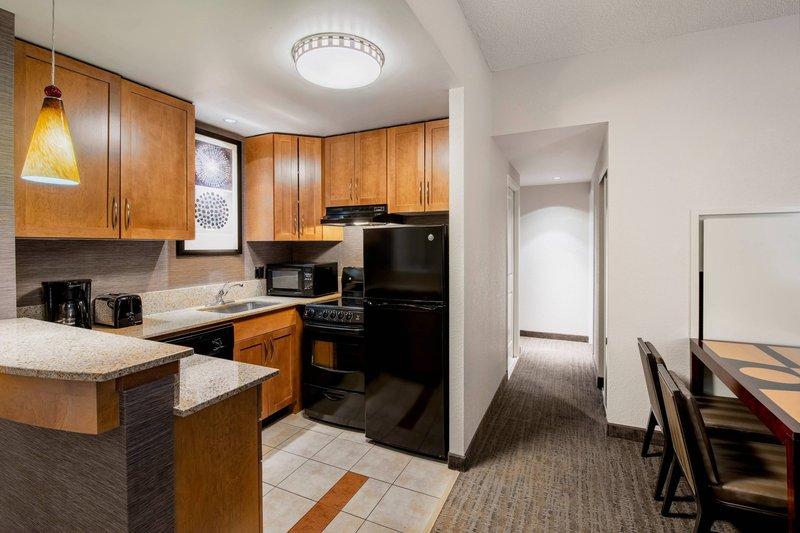 Residence Inn Kingston Water's Edge-Two-Bedroom Suite - Kitchen<br/>Image from Leonardo