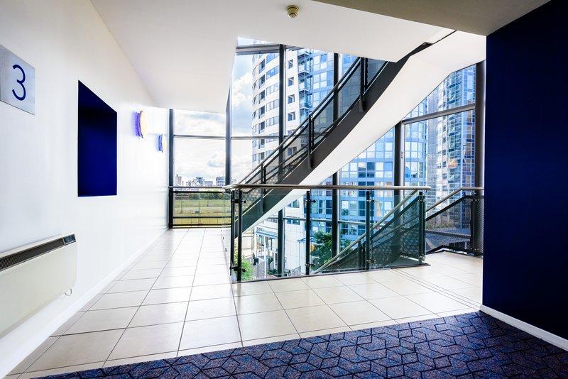 Holiday Inn Express Portsmouth - Gunwharf Quays-Atrium<br/>Image from Leonardo