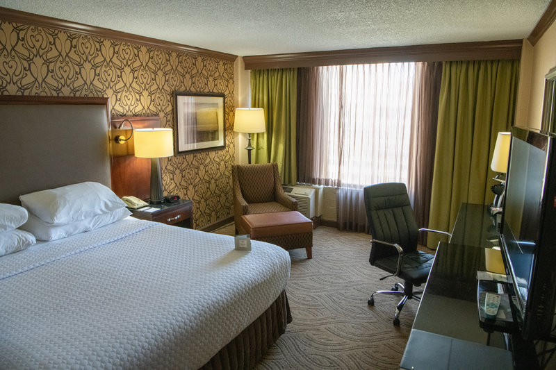 Crowne Plaza Dayton-Guest Room<br/>Image from Leonardo
