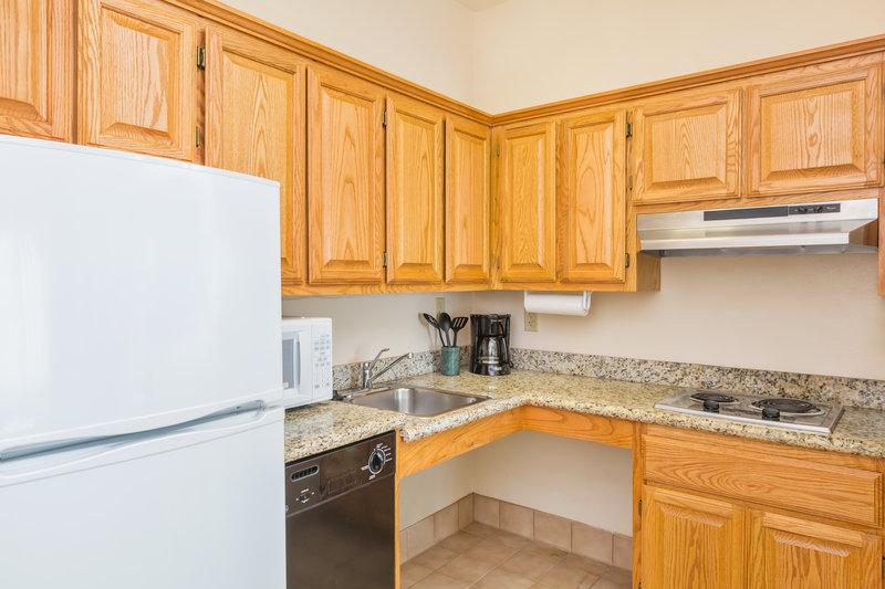 Staybridge Suites Brownsville-ADA/Handicapped accessible kitchen<br/>Image from Leonardo