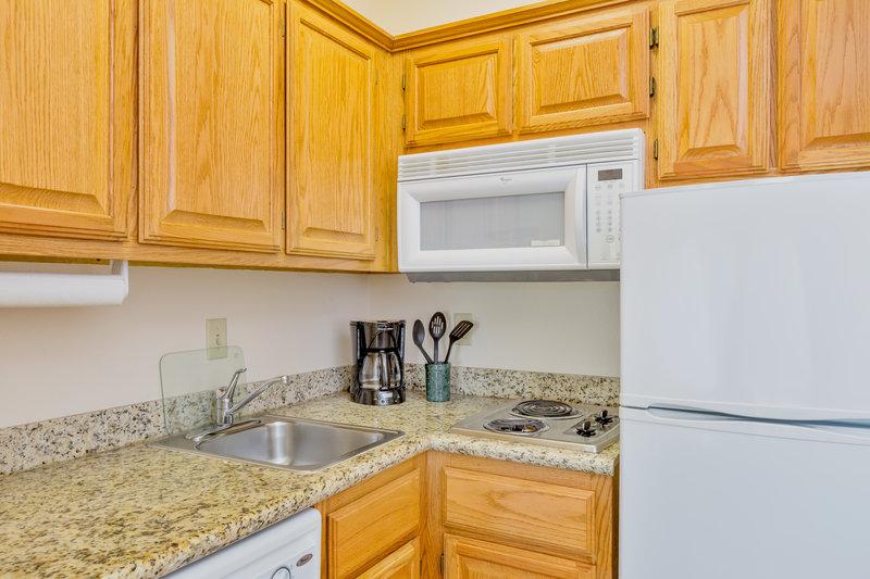 Staybridge Suites Brownsville-One Bedroom Suite kitchen<br/>Image from Leonardo