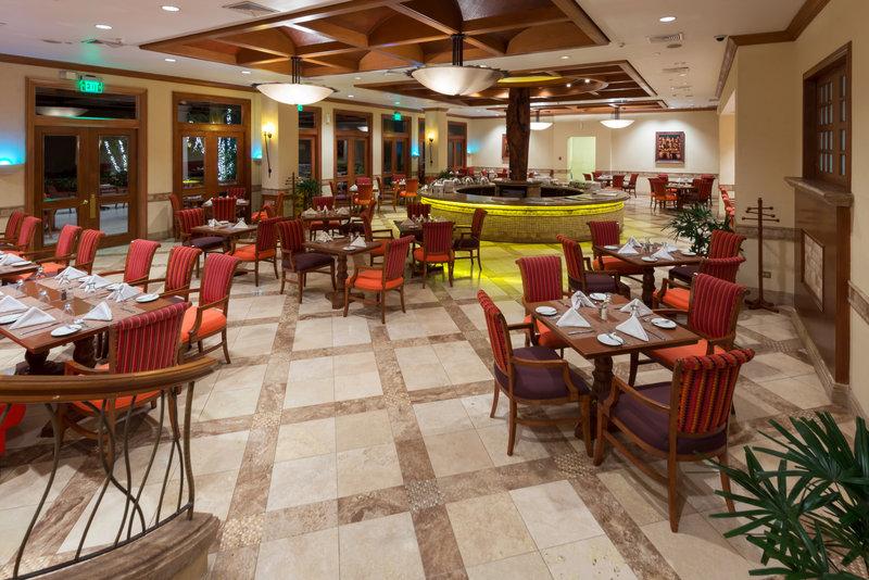 Crowne Plaza San Salvador-Restaurant El Mirador<br/>Image from Leonardo