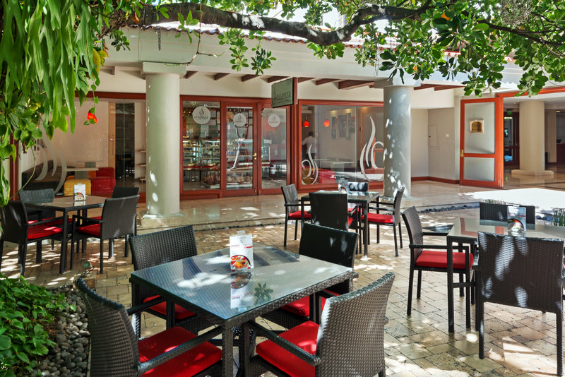 Crowne Plaza San Salvador-Essenza Coffee Shop<br/>Image from Leonardo