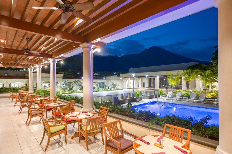 Crowne Plaza San Salvador-International Cuisine Buffet Restaurant<br/>Image from Leonardo