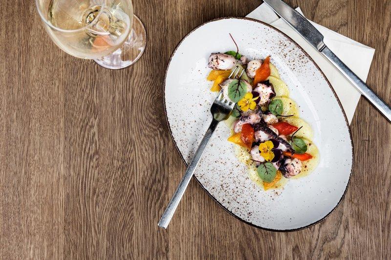 Le Meridien Stuttgart-Restaurant Kleinschmeckerei - Pulpo Salad<br/>Image from Leonardo