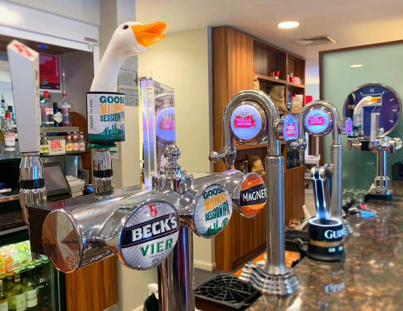 Holiday Inn Express Leicester City-Main Bar<br/>Image from Leonardo