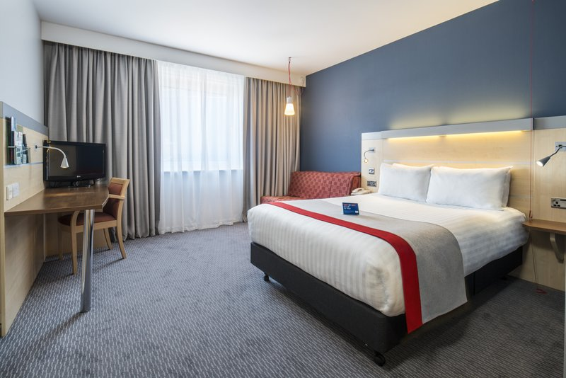 Holiday Inn Express Leicester City-Access Room<br/>Image from Leonardo