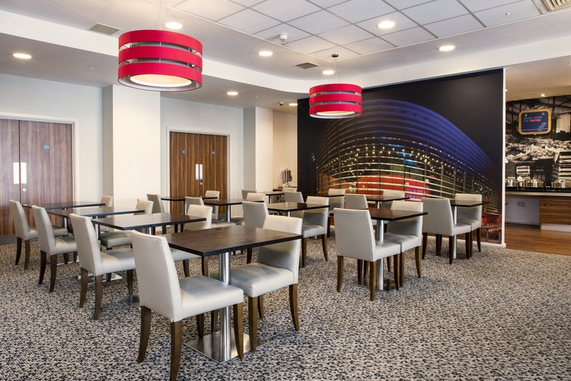 Holiday Inn Express Leicester City-Breakfast/Dining Lounge<br/>Image from Leonardo