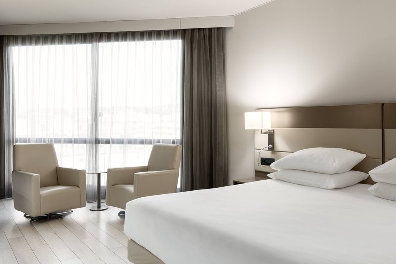 AC Hotel Nice-King Superior Garden View Guest Room<br/>Image from Leonardo