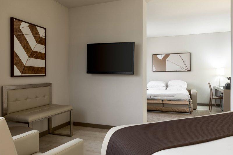 AC Hotel Nice-King Garden View Junior Suite - Sleeping Area<br/>Image from Leonardo