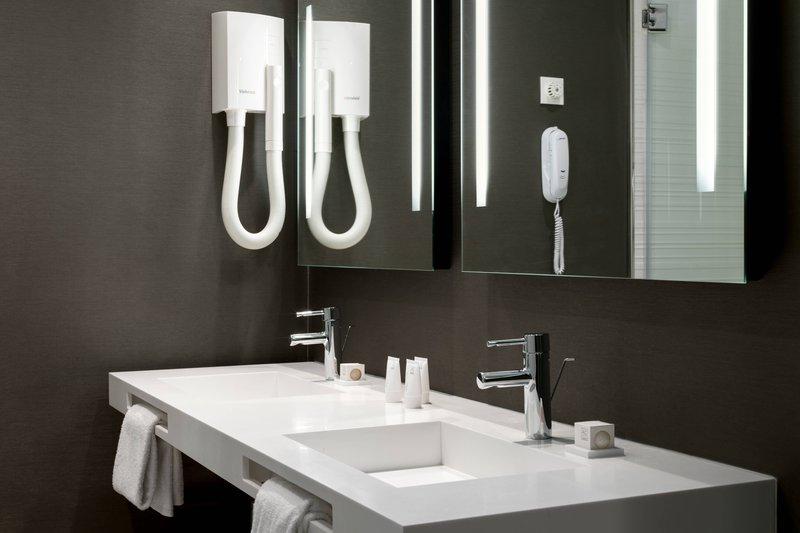 AC Hotel Nice-Partial Sea View Suite - Bathroom Vanity<br/>Image from Leonardo