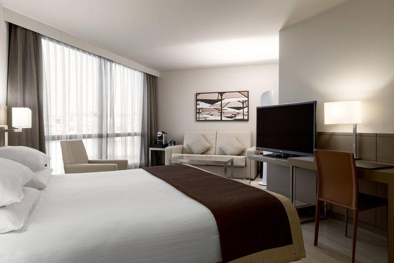 AC Hotel Nice-Partial Sea View Junior Suite<br/>Image from Leonardo