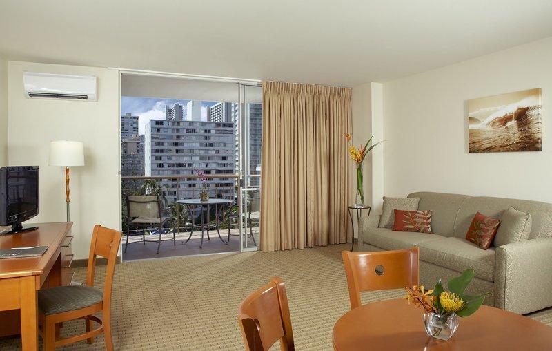 Pearl Hotel Waikiki - Pearl BRView <br/>Image from Leonardo