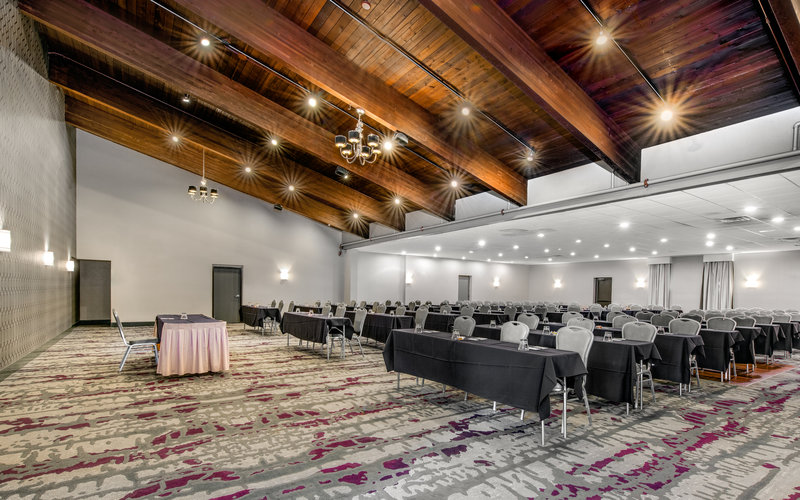 Crowne Plaza Milwaukee Airport-Voyager Ballroom<br/>Image from Leonardo