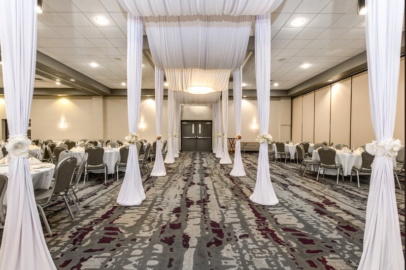 Crowne Plaza Milwaukee Airport-Entrance for Wedding (not included - created by wedding planner)<br/>Image from Leonardo