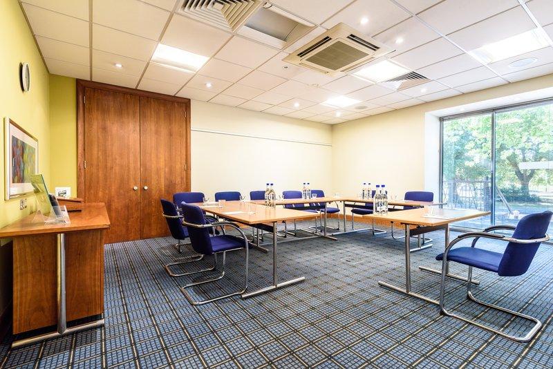Holiday Inn Portsmouth-Meeting Room<br/>Image from Leonardo